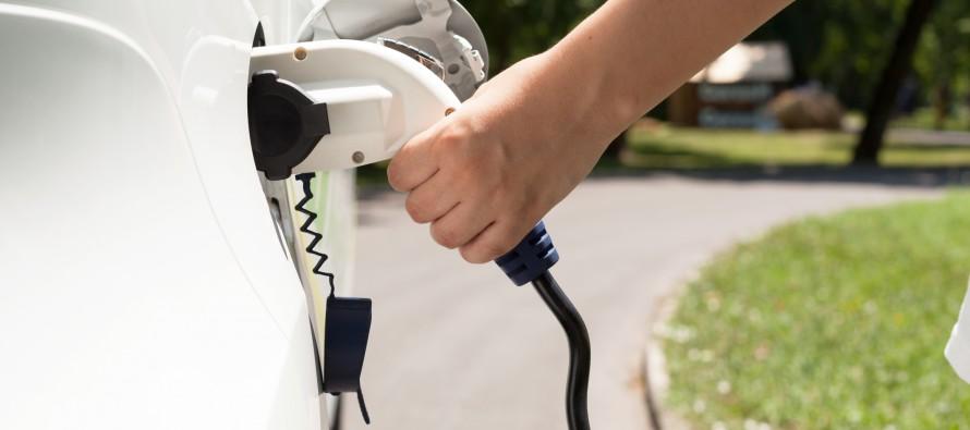 Vernetzung und Elektroantrieb: Trends auf der IAA