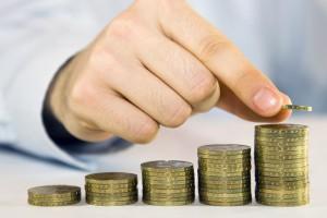 Sparen durch Zinsen: Was Sparbuch und Co wirklich taugen
